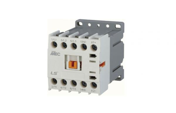 Mini contactor c.c. tripolar 6-16A